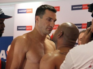 wladimir Klitschko - Alex Leapai Weigh-in